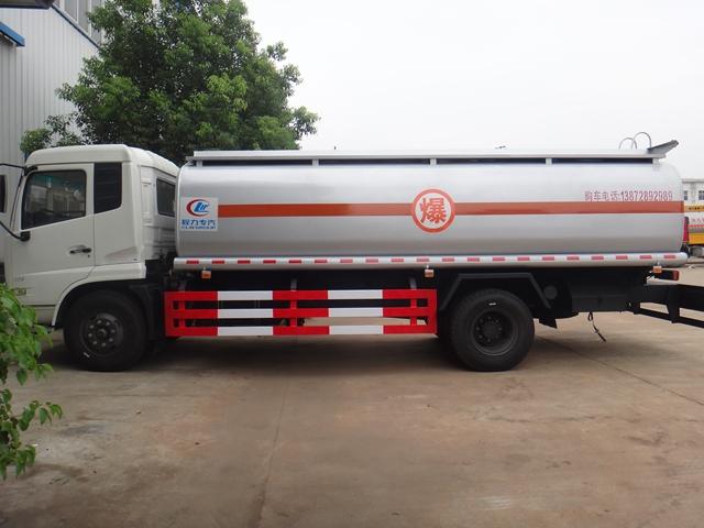 新款10吨油罐车多少钱一台